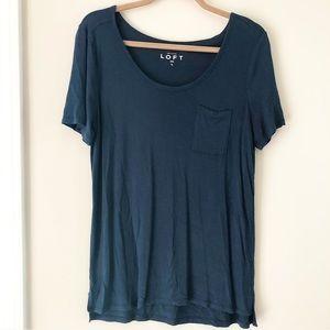 LOFT comfy tee shirt w/ pocket Size L